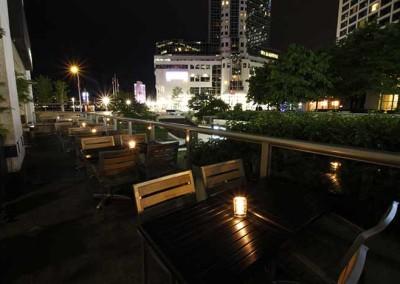 hapa_izakaya_coal_harbour_patio